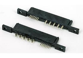湖南SATA7+15P 带螺丝孔 PBT料 铆压母头 孔径3.5MM